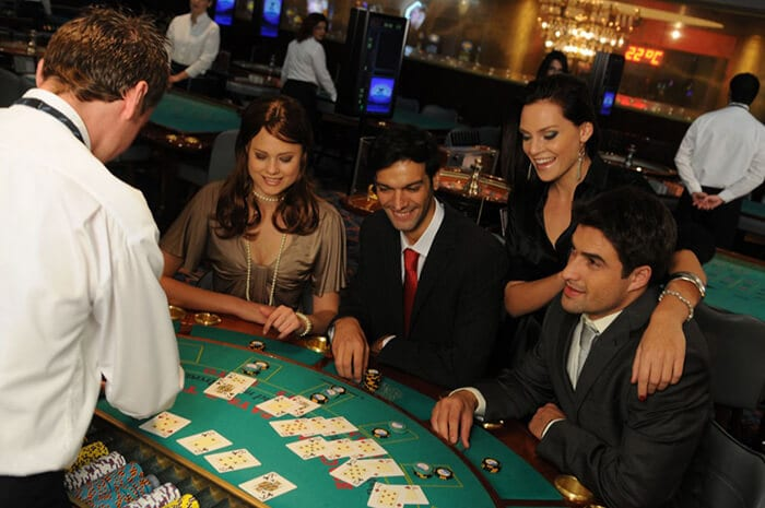 Become a Lucrative Blackjack Player From Home