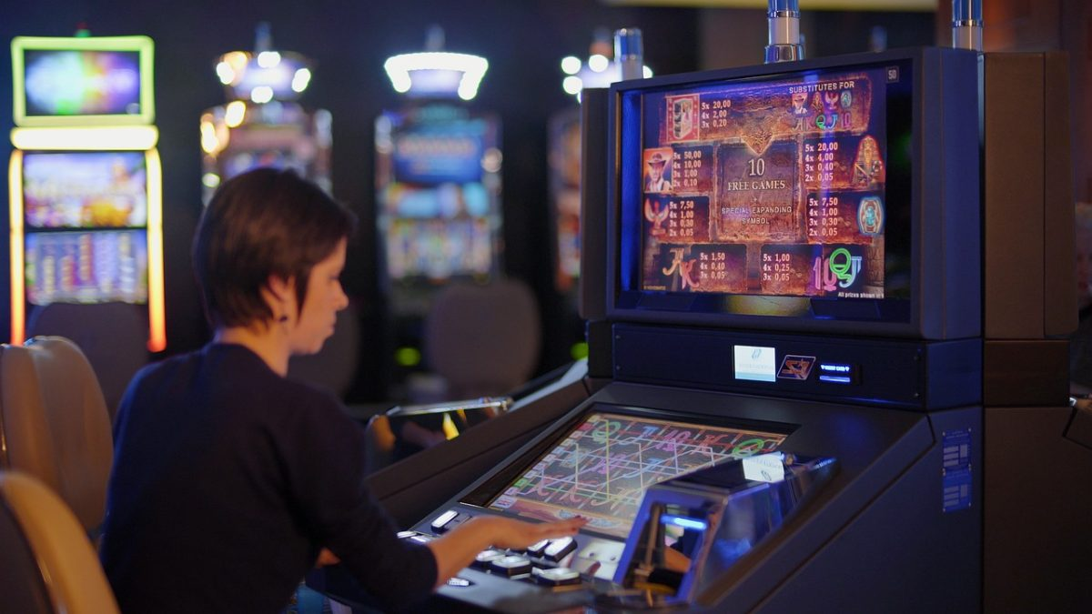 The different methods of payments that a player in this uses so as to indulge in the slot machine game