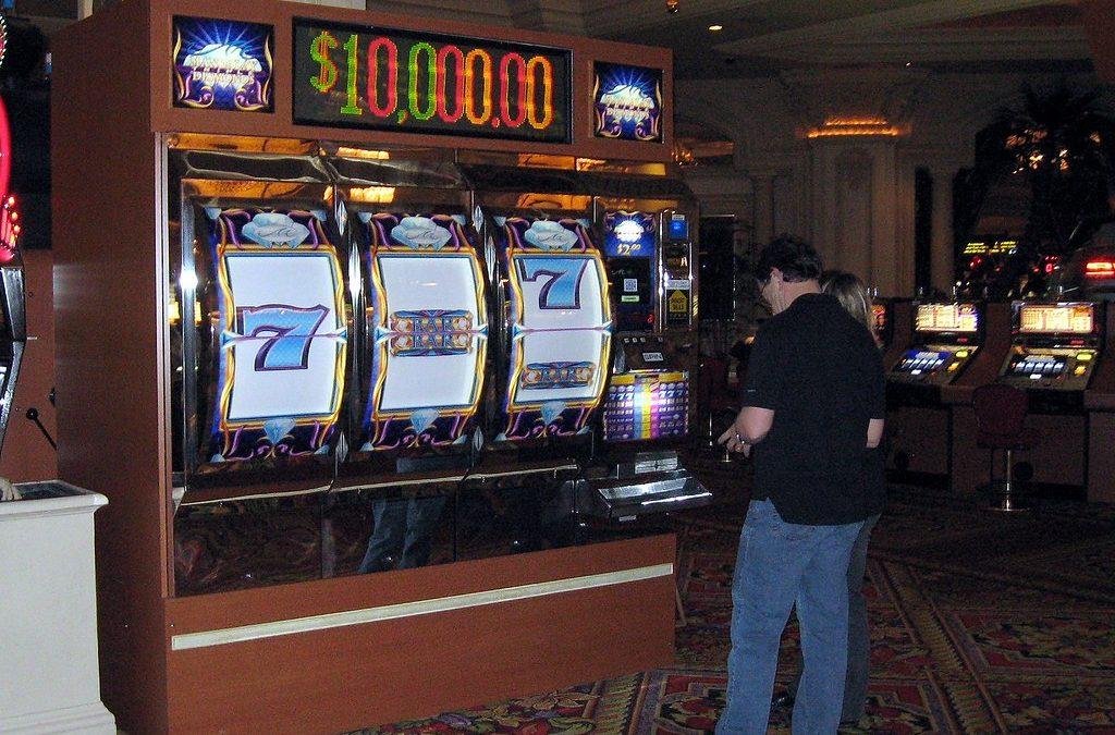 Understanding the Odds Of Winning At Slots Online